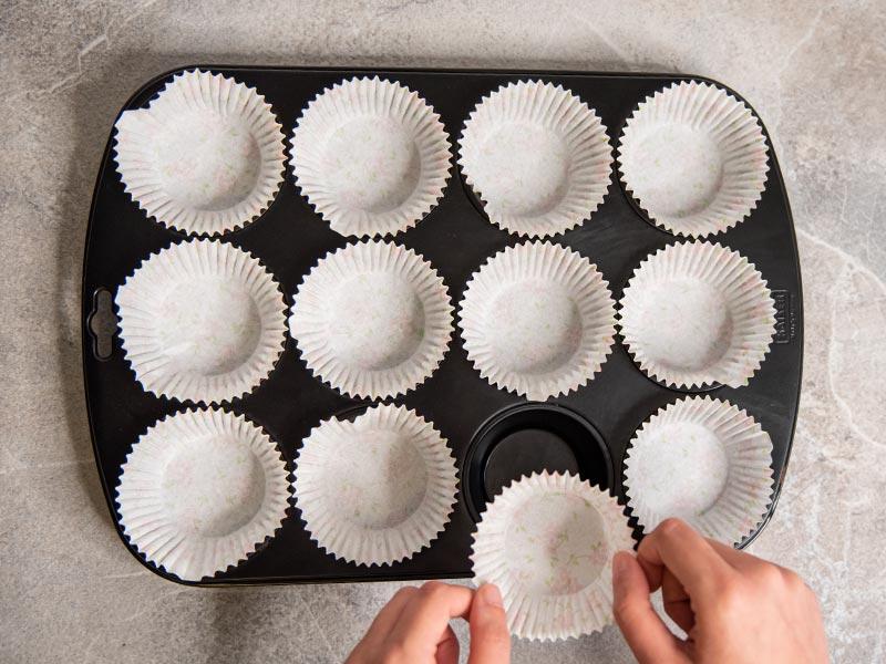 chocolate-cheesecakes-muffins-01