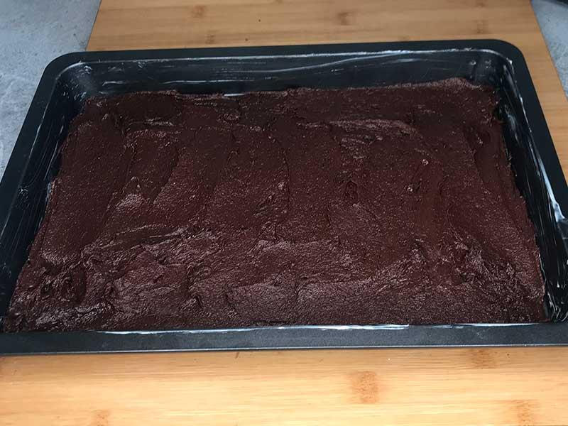 cherry-cheesecake-brownies-02